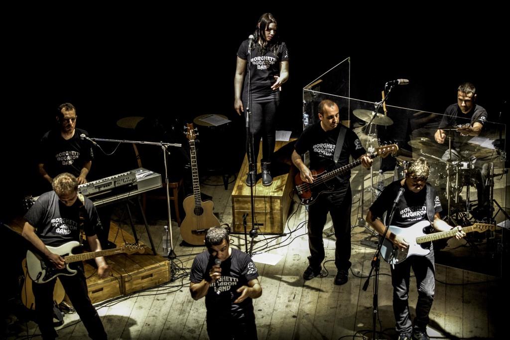 """Borghetti Bugaron Band """"Vien Giù"""" a Teatro"""